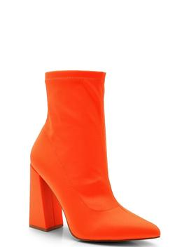 Pointed Toe Block Heel Boots by Boohoo
