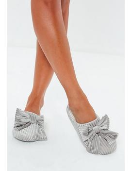 Gray Velvet Ribbed Bow Slipper by Missguided