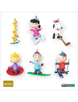 Qxm8149 Winter Sports The Peanuts Gang 2007 Hallmark Miniature Ornament Set by Hallmark Miniature Ornaments