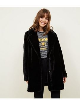 Schwarzer Fake Fur Mantel by New Look