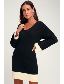 Coralino Black And White Color Block Knit Sweater Dress by J.O.A.