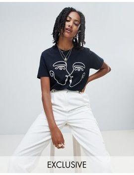 Reclaimed Vintage Inspired   Svart T Shirt Med Kyssande Ansikten by Asos