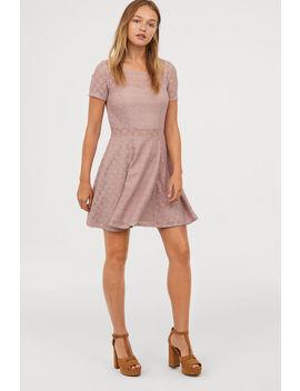 Vestido Corto De Encaje by H&M