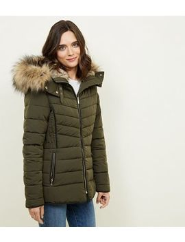 Olive Faux Fur Trim Puffer Jacket by New Look