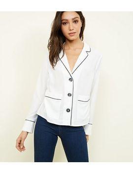 Chemise Style Pyjama Blanc Cassé à Bord Passepoilé by New Look