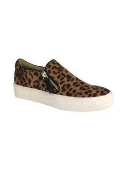 Leopard Sneaker by The Birch Tree Furniture, Ohio