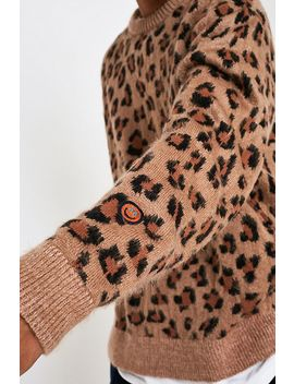 Urban Outfitters– Angerauter Pullover Im Dad Style Mit Leoprint by Urban Outfitters Shoppen