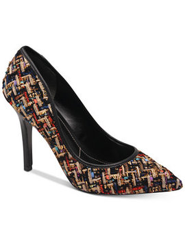 Sweetness Pumps by Charles By Charles David
