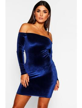Off Shoulder Long Sleeve Velvet Bodycon Dress by Boohoo