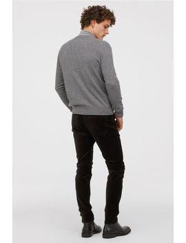 Skinny Fit Velvet Pants by H&M