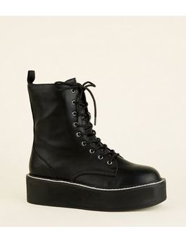 Black Limited Edition Lace Up Flatform Boots by New Look