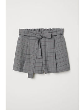 Shorts With A Tie Belt by H&M