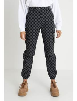 Checkerboard Utility Trouser   Broek by Missguided