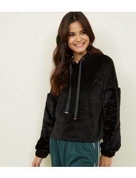 Qed Black Velvet Faux Fur Sleeve Hoodie by New Look