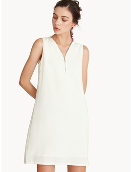 Front Zip Sleeveless Dress by Pomelo