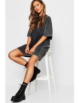 Washed Oversized T Shirt Dress by Boohoo
