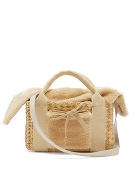 Manon Shearling And Woven Straw Bag by Muuñ