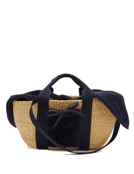 George Shearling And Woven Straw Bag by Muuñ