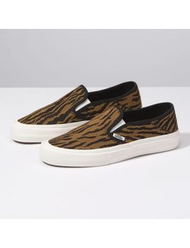 Woven Tiger Slip On Sf by Vans