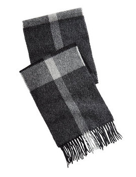 Men's Oakwell Plaid Wool Scarf by Barbour