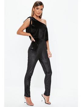 Black Velvet One Shoulder Bow Jumpsuit by Missguided