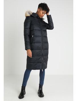 Modern Hooded Coat   Daunenmantel by Tommy Jeans