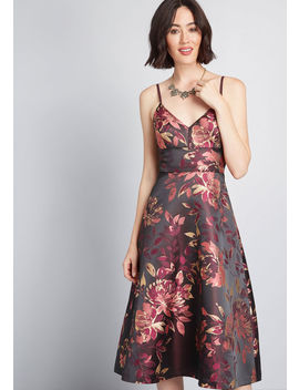 She's Just Stunning Floral Midi Dress by Eliza J