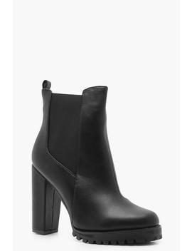 Cleated Platform Pull On Chelsea Boots by Boohoo