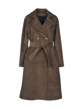 Guttha Бушлаты и двубортные пальто   Пальто и куртки by Guttha