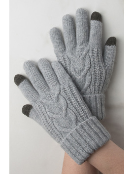 Hold My Hand Wool Gloves by Akira