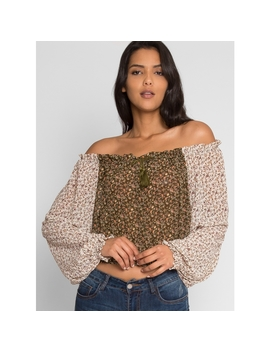 Pembrooke Floral Top In Olive by Wet Seal
