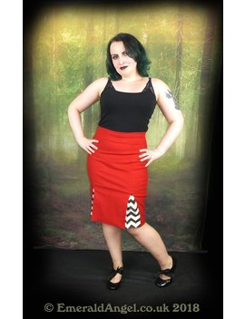 Twin Peaks Inspired Chevrons & Red Pensil Skirt, Sample Sale, Size 12 Uk by Etsy