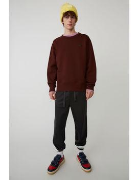 Sweatshirt In Normaler Passform Schokoladenbraun by Acne Studios