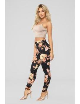 Floral Frenzy Leggings   Black Floral by Fashion Nova