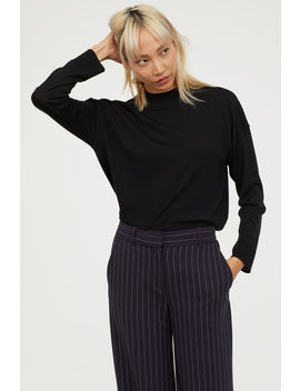 Merino Wool Pullover by H&M