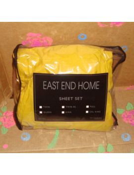 New   Spicy Mustard Twin 2 Fitted Sheets 1 Pillow Case by East End Home