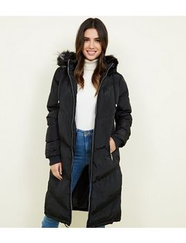 Qed Black Faux Fur Trim Hooded Puffer Coat by New Look