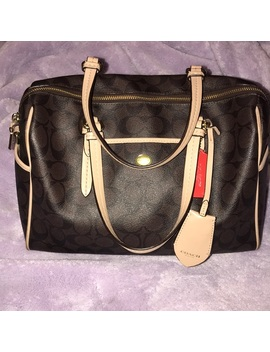 Like New Coach Peyton Signature Cora Speedy by Coach