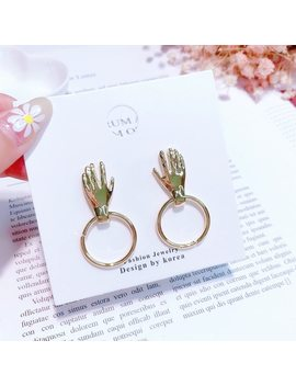 2018 Hot New Design Fashion Metal Hand Palm Shape Round Circle Dangle Earrings Pendientes Mujer Moda Temperament Jewelry Gifts by Mengjiqiao