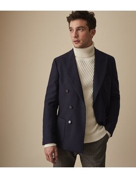 Thamesmead by Reiss