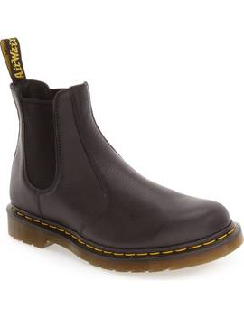 '2976' Chelsea Boot by Dr. Martens