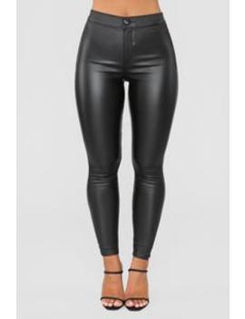 You're The One High Rise Jeans   Black by Fashion Nova