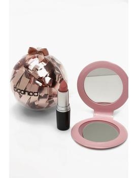 Boohoo Christmas Beauty Bauble   Lips by Boohoo