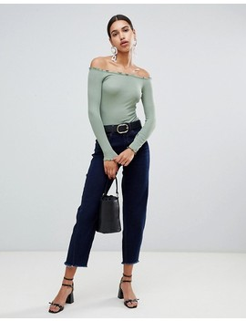 """<Font Style=""""Vertical Align: Inherit;""""><Font Style=""""Vertical Align: Inherit;"""">Asos Design Body With Off Shoulder, Long Sleeves And Wavy Borders</Font></Font> by  Asos Design"""