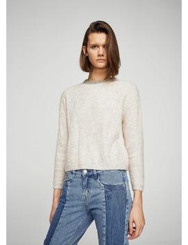 Pullover Mit Perlenverziertem Ausschnitt by Mango