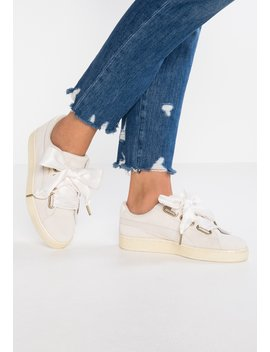 Suede Heart Satin   Sneakers Laag by Puma