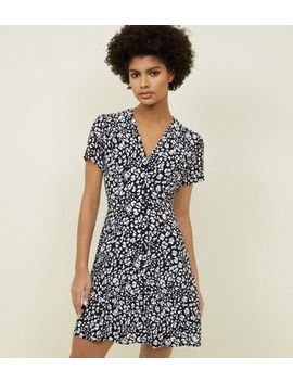 Black Leopard Print Button Up Tea Dress by New Look