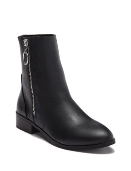 Alden Leather Zip Ankle Boot by Steve Madden