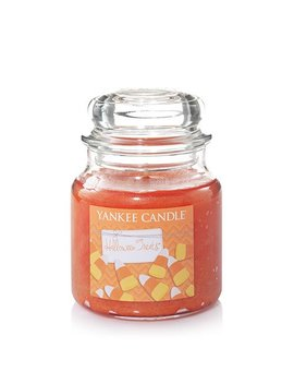 Yankee Candle Halloween Treats Medium Jar Candle by Yankee Candle Company