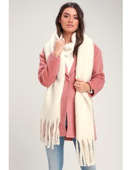 Come A Little Closer Ivory Scarf by Lulus